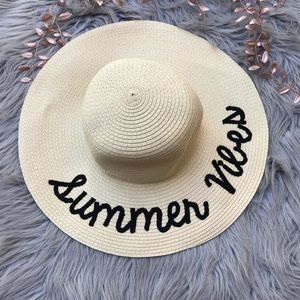 UO l Summer Vibes Floppy Hat